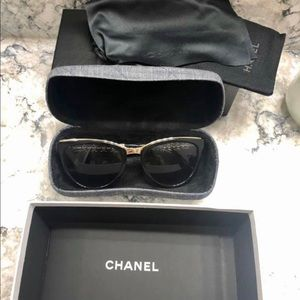 Chanel Chainlink Sunglasses 🕶 Excellent Condition